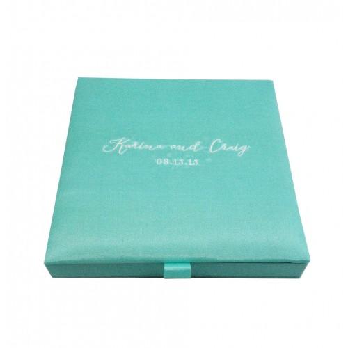 tiffany blue invitation boxes