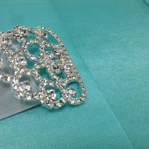 Detail picture rhinestone crystal clasp