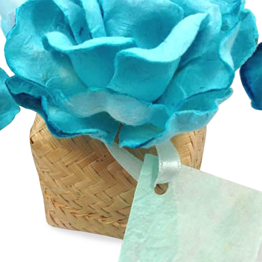 Bamboo favor box with paper flower