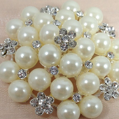 Large pearl brooch with crystal stones on dupioni silk gift box