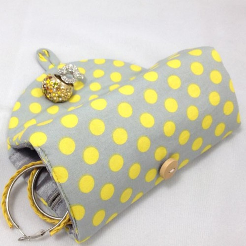 Polkadot cotton jewelry roll