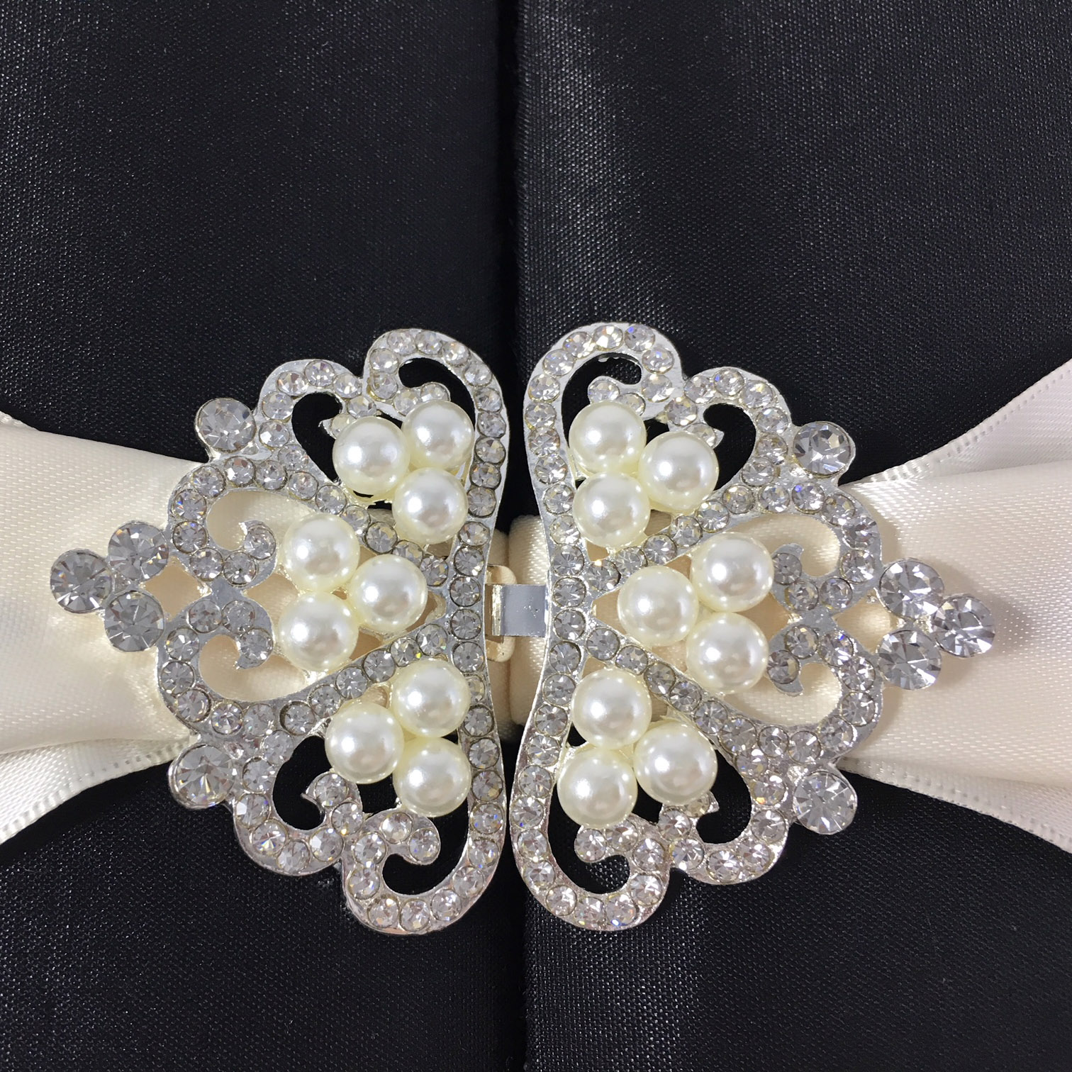crown pearl clasp