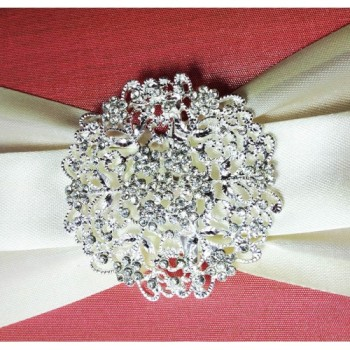 Rhinestone crystal brooch with floral pattern