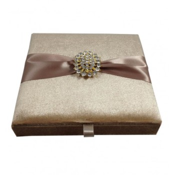 Velvet invitation box