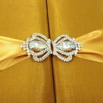 Crown brooch for wedding embellishment