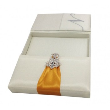 Gatefold silk box