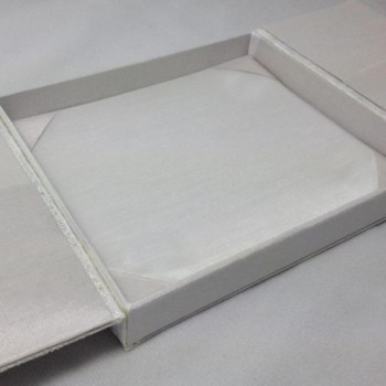 White gatefold silk box