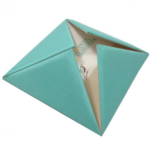 Pyramid style silk folder for wedding invitation cards
