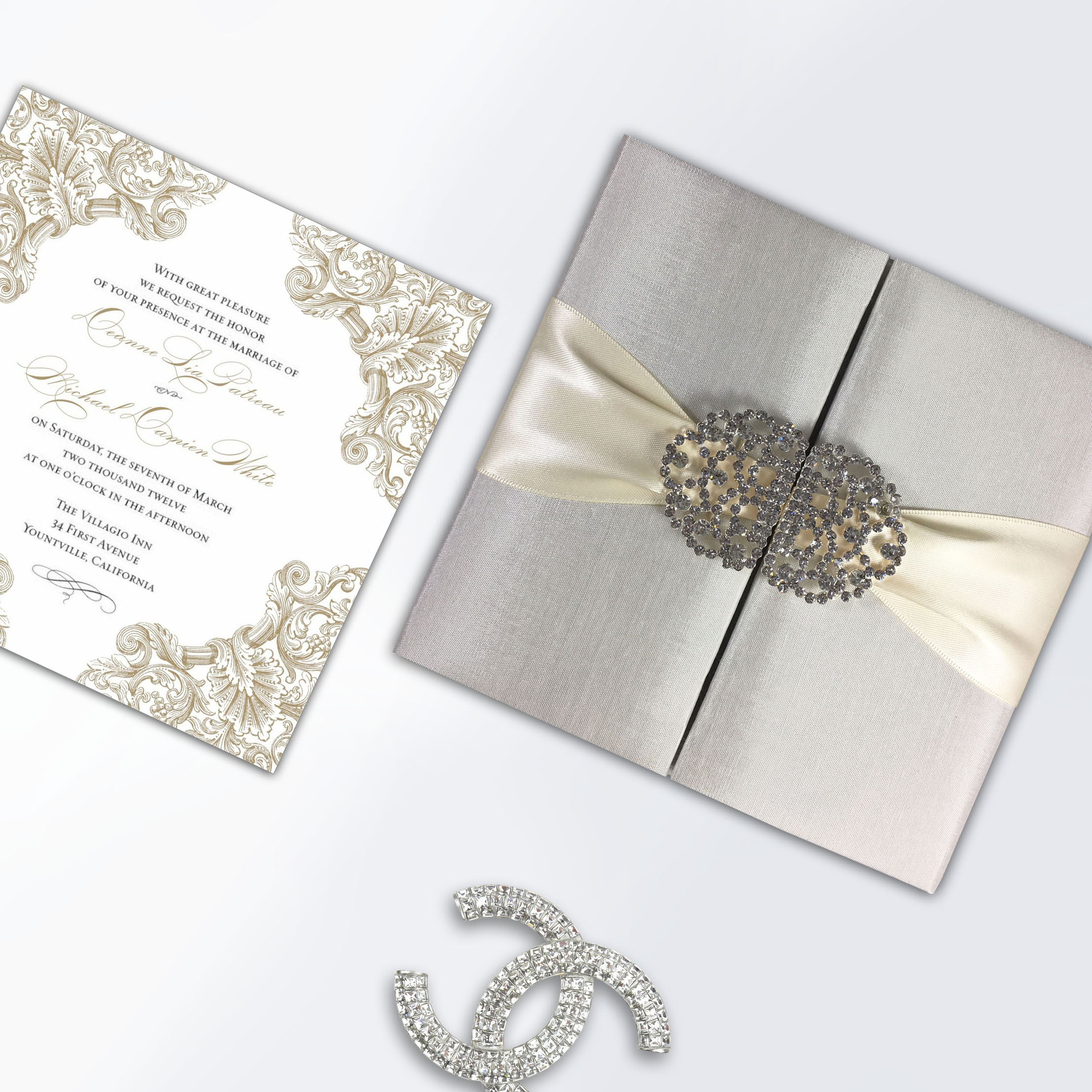 Luxury wedding invitation folio