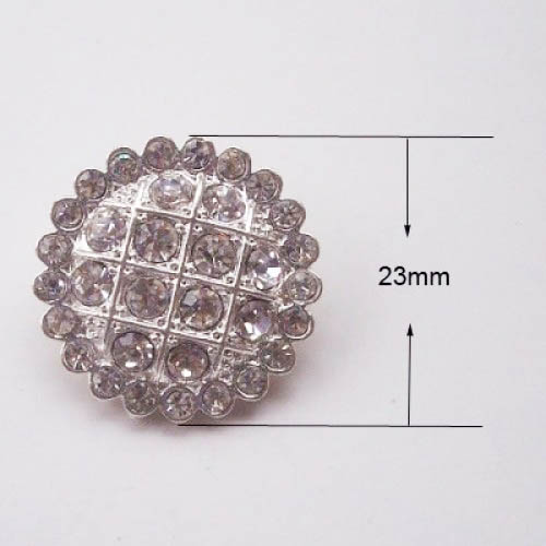 Rhinestone button in silver