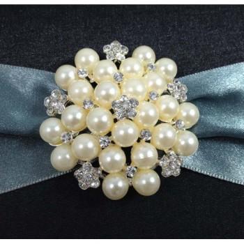 Large pearl brooch wedding embellishment
