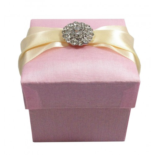 pink favour box