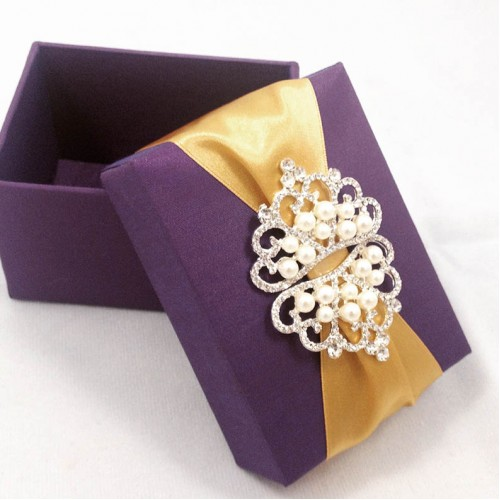 Silk Wedding Favour Box With Pearl Crown Brooch Embellishment Luxury Invitations Handmade Favors