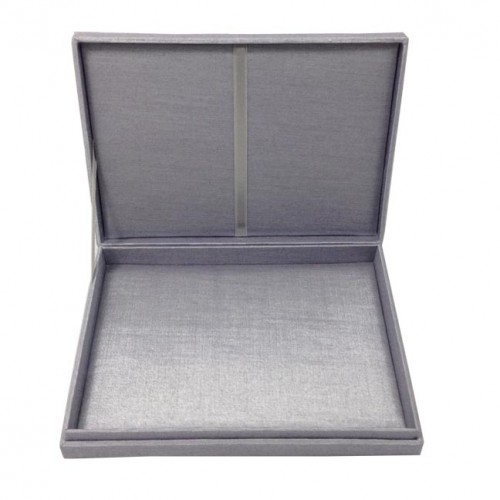 Hinged lid silk invitation box