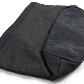 Flat packed silk bag