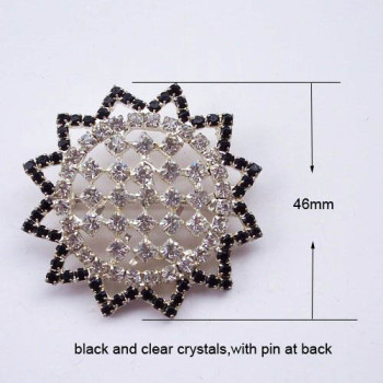 Star crystal brooch