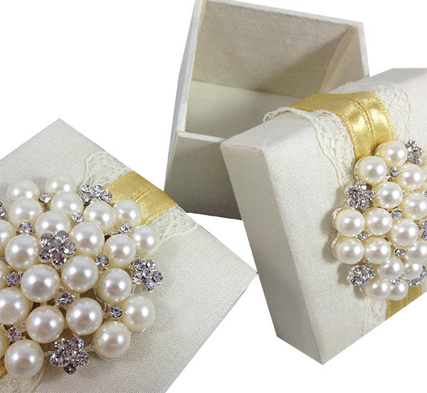 Ivory Silk Lace Wedding Favor Box Luxury Wedding Invitations