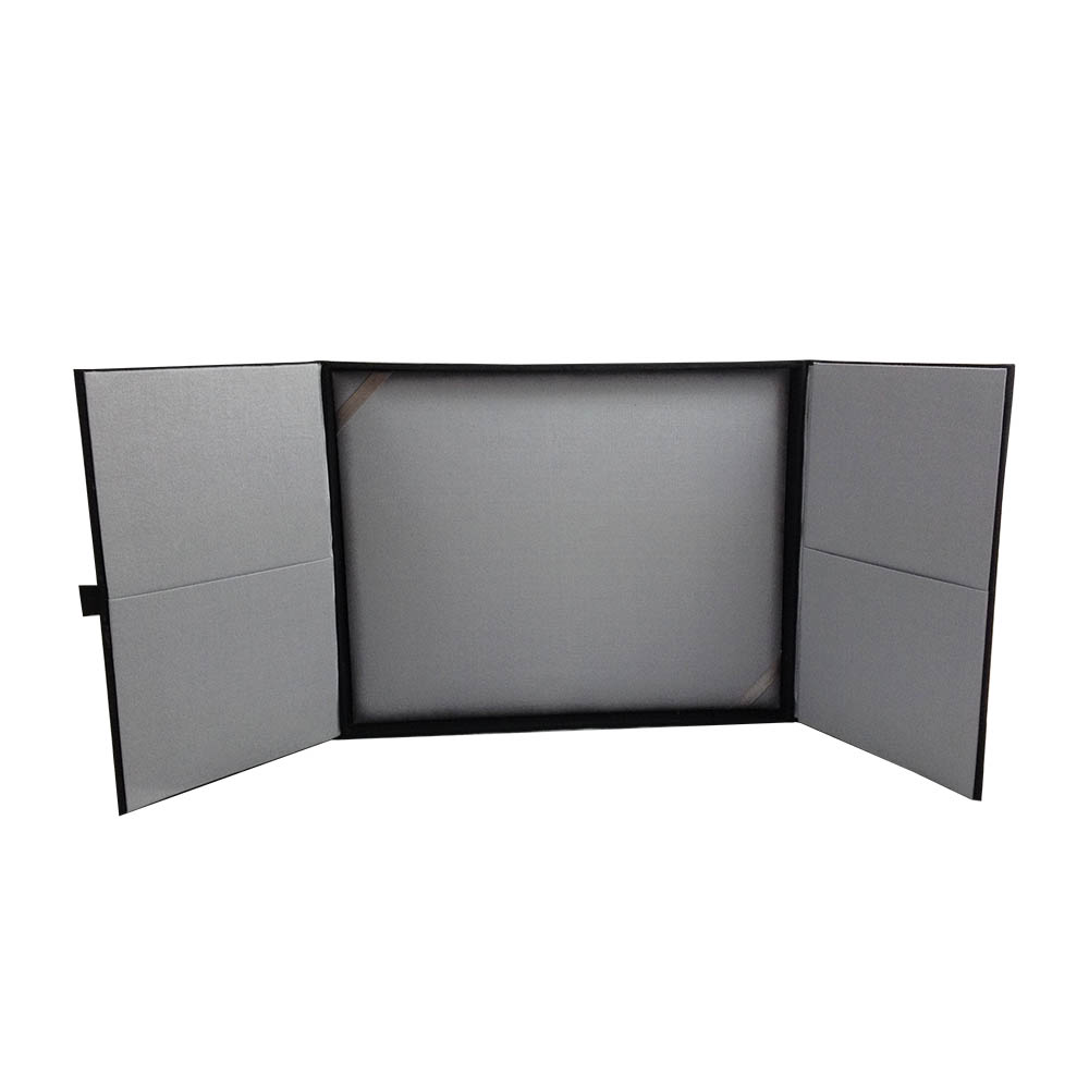 Deliver Your Announcements & Invitations In This Luxury Black Box ...