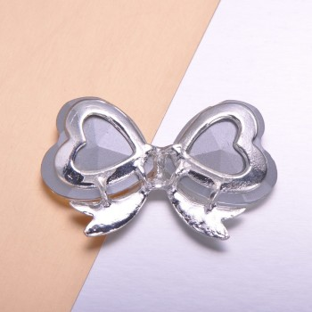 flatback bow brooch