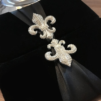 Black velvet invitations