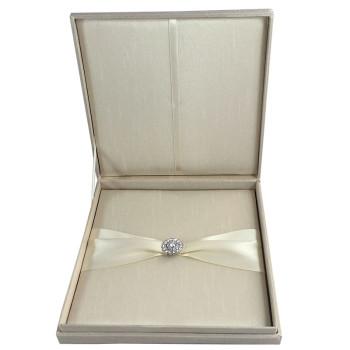 Hinged lid invitation box