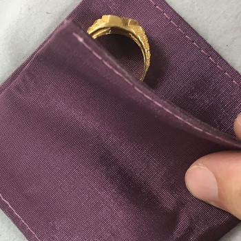 handmade jewelry bags