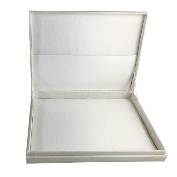 White hinged lid boxes