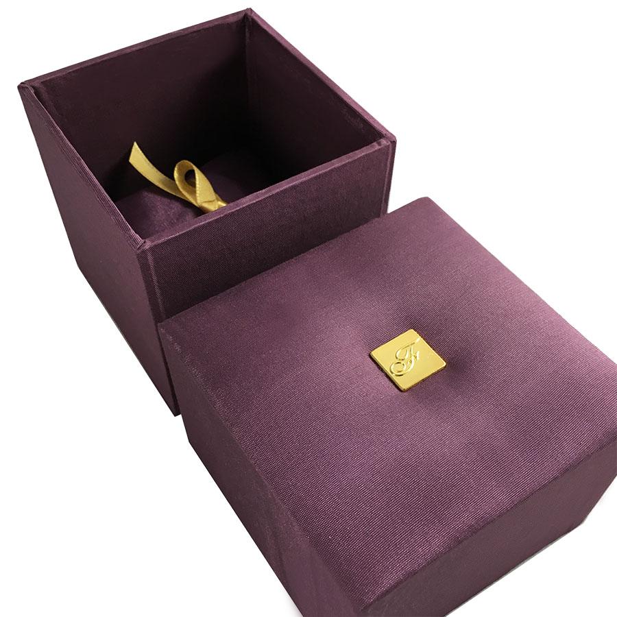 Luxury Silk Jewellery Box With Logo Badge Amp Silk Pillow
