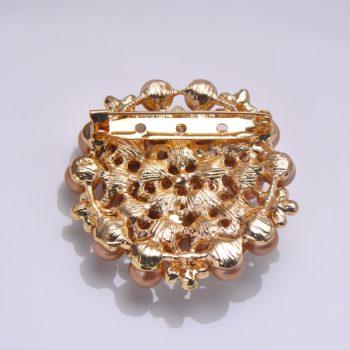 Pin lock of golden pearl brooch back