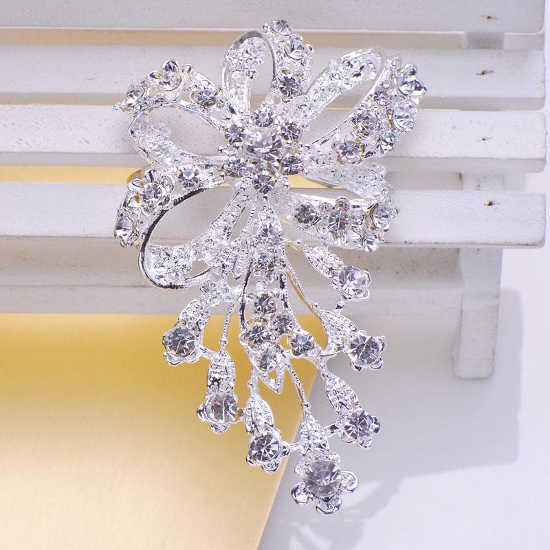 Flower Design Crystal Napkin Holder - Luxury Wedding Invitations ...
