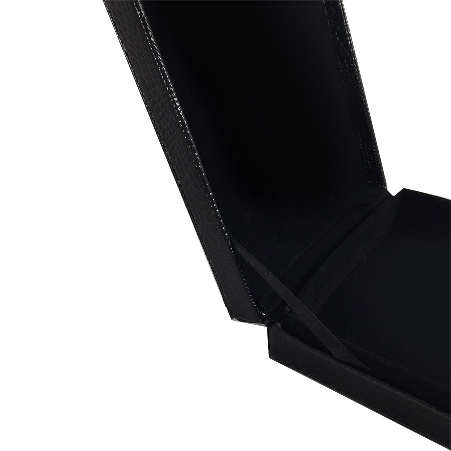 Leather packaging box in black