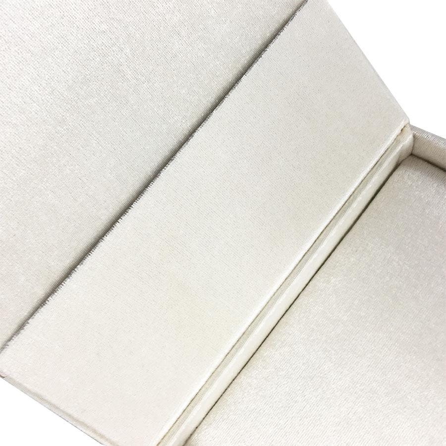 pocket interior velvet box