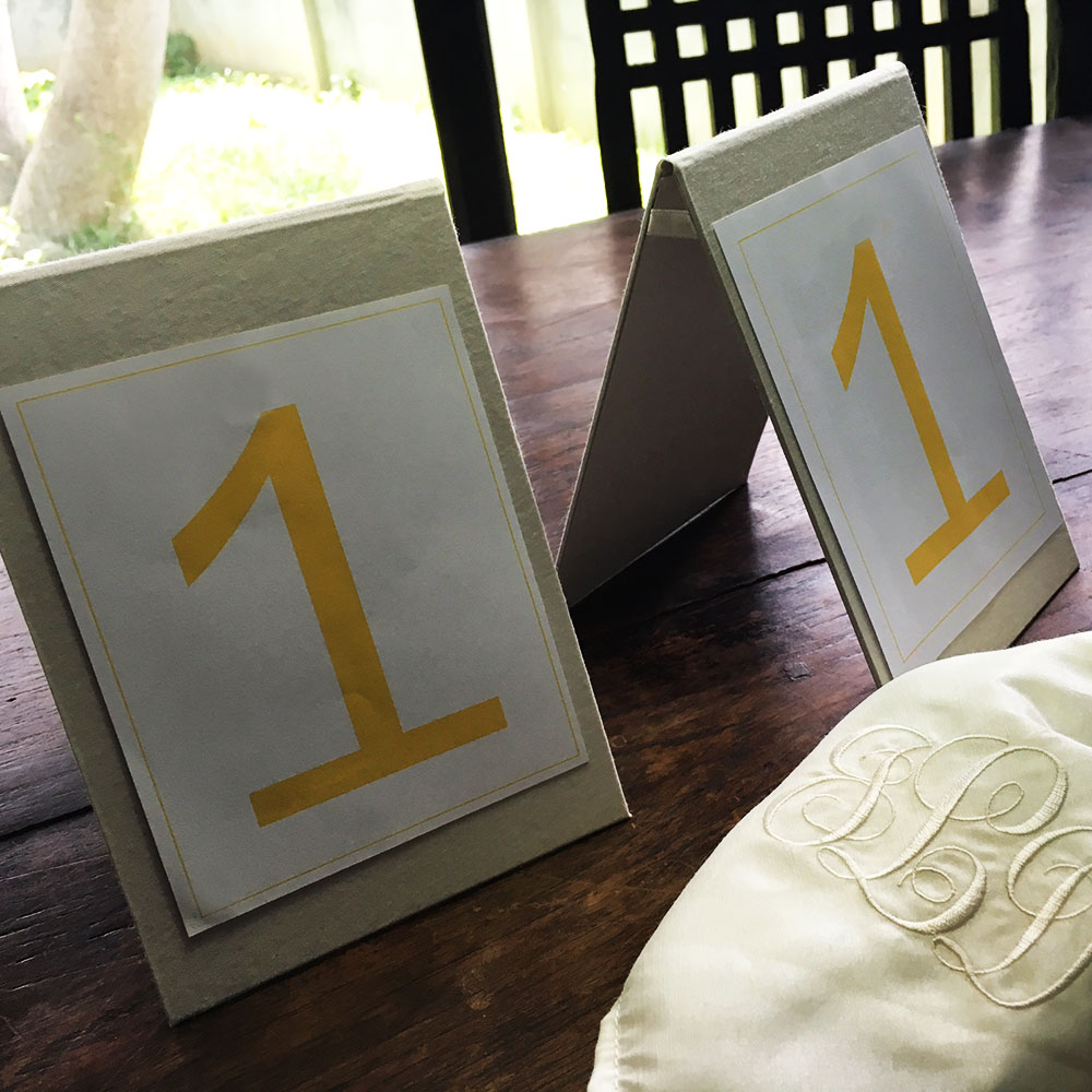 Luxury place card holder
