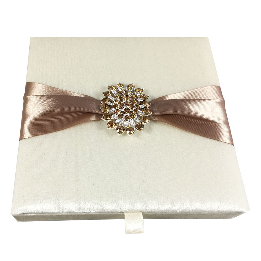 Velvet invitation box