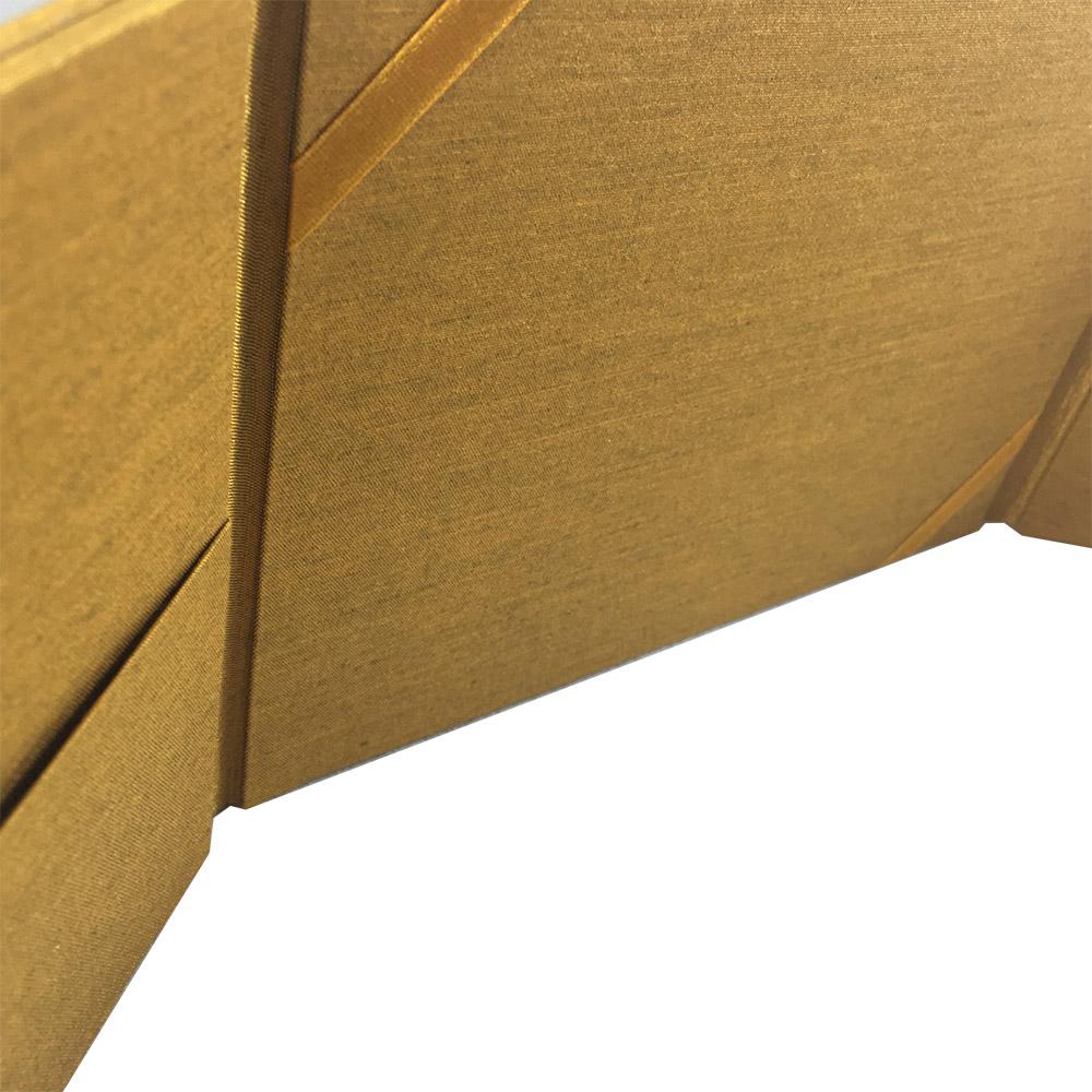 interior pockets of silk folder