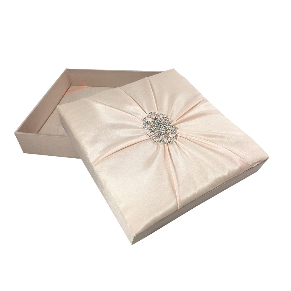 Hand-Crafted Couture Box Wedding Invitations - Luxury Wedding ...