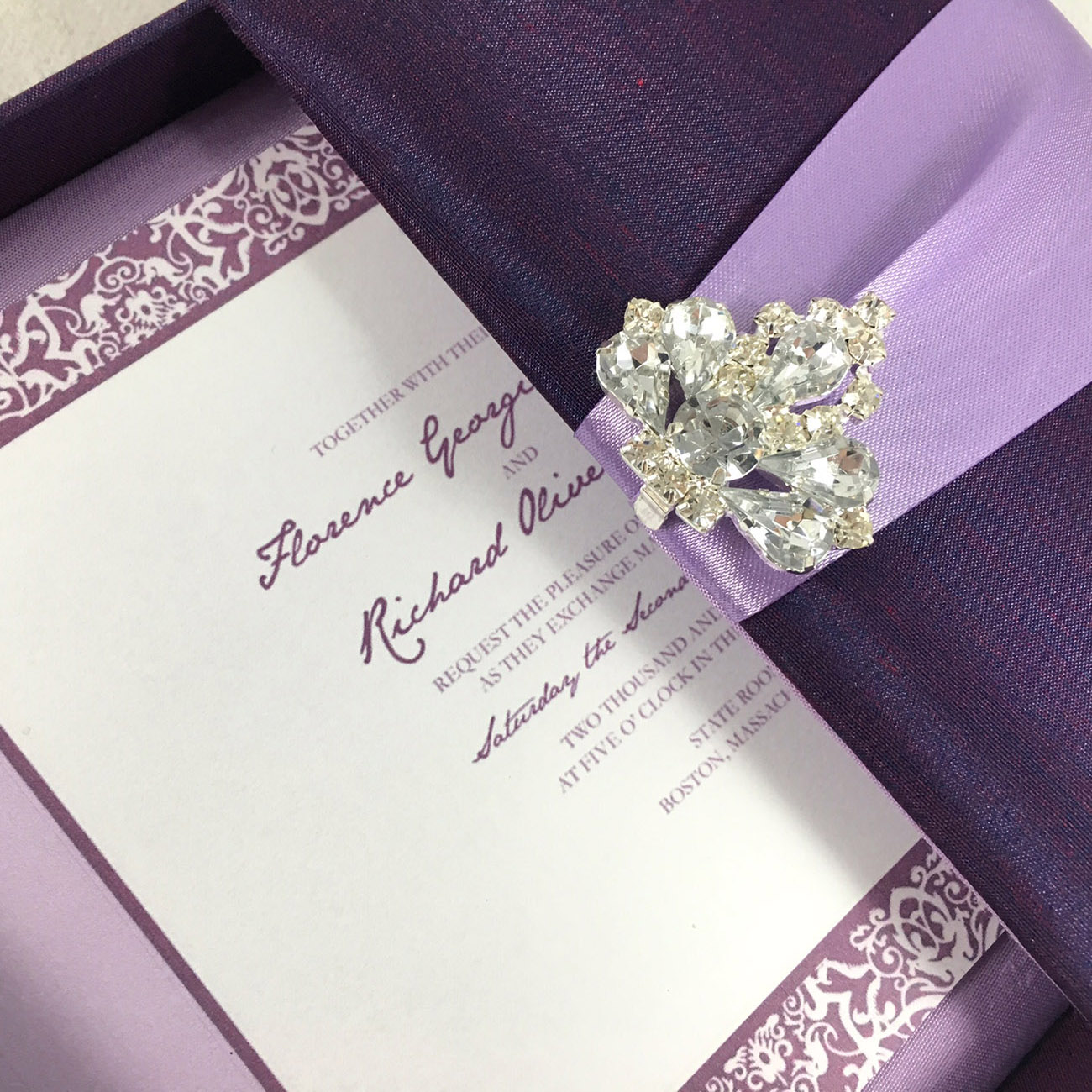 Luxury boxed invitation that stand out