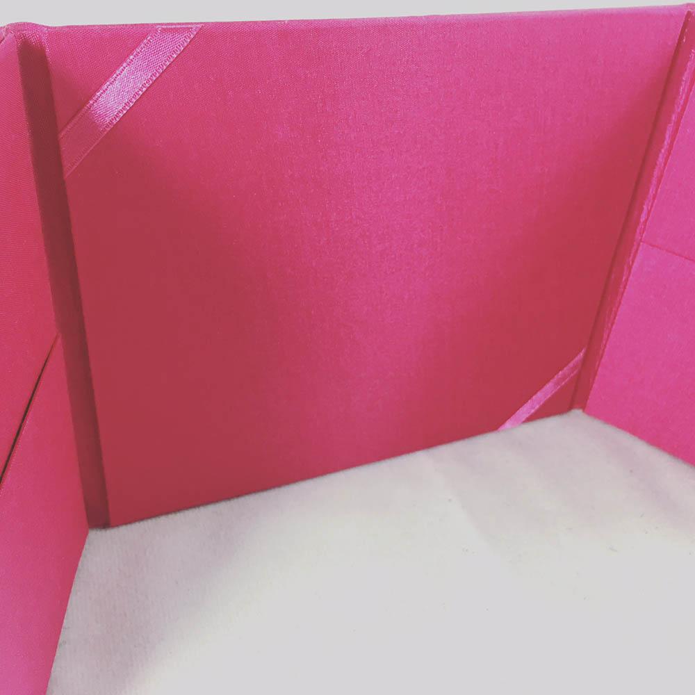 pink pocket folder