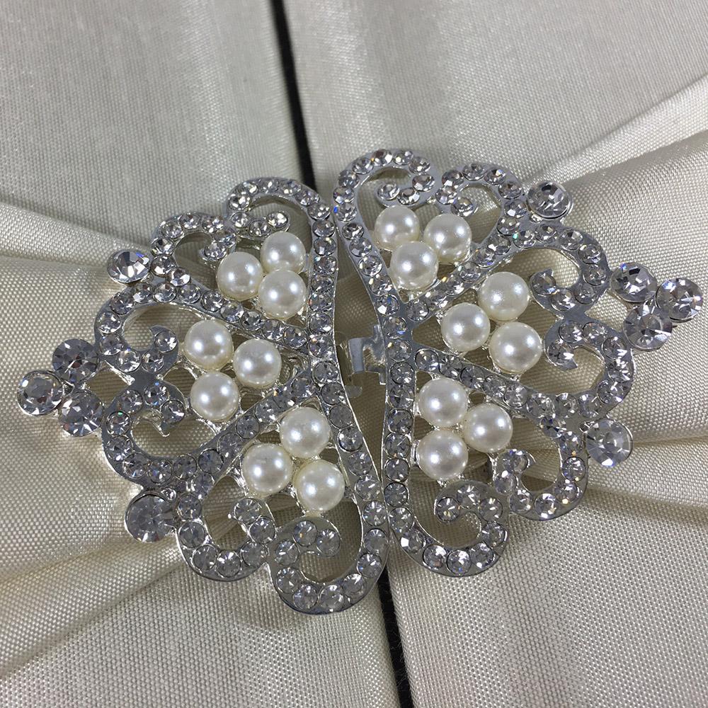 Rhinestone crown clasp