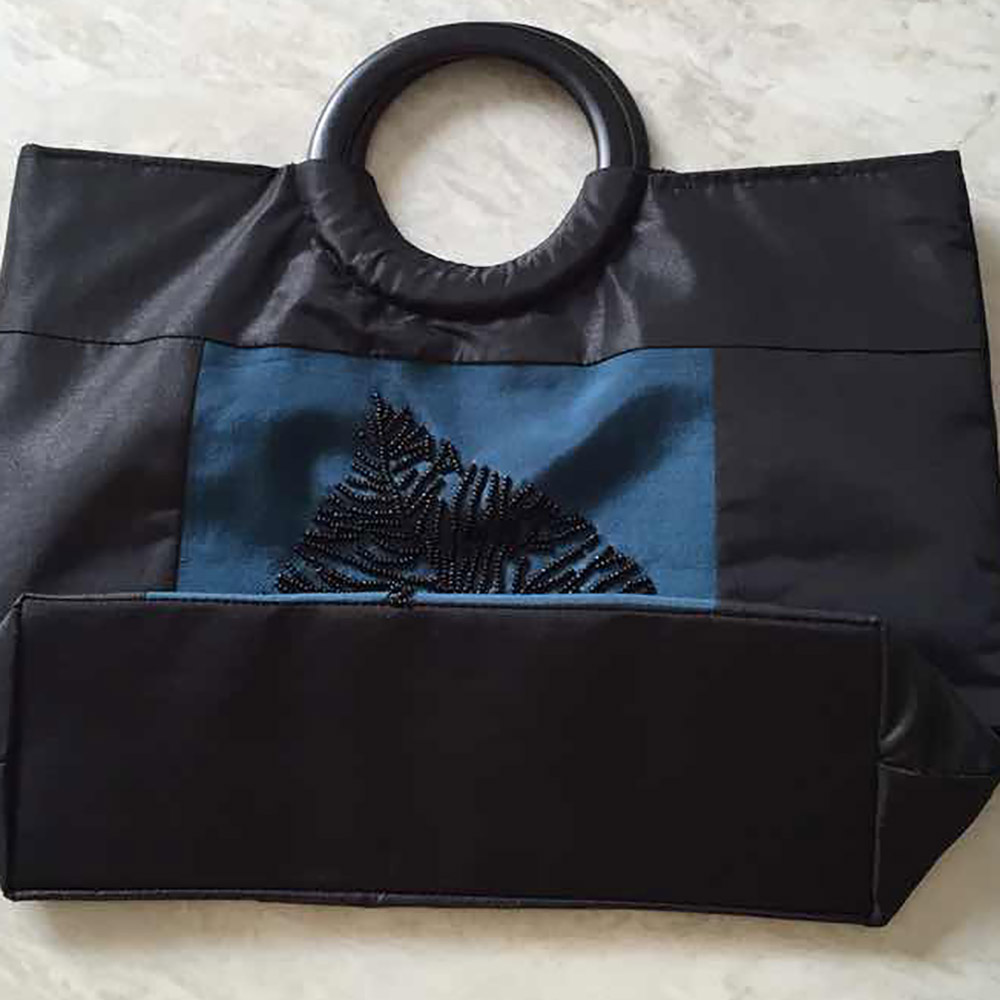 silk ladies bag in black