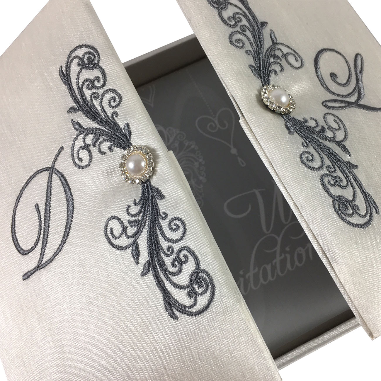 High End Elegant Wedding Invitations: INVITE GUEST WITH OUR LUXURY IVORY VELVET GATE FOLD