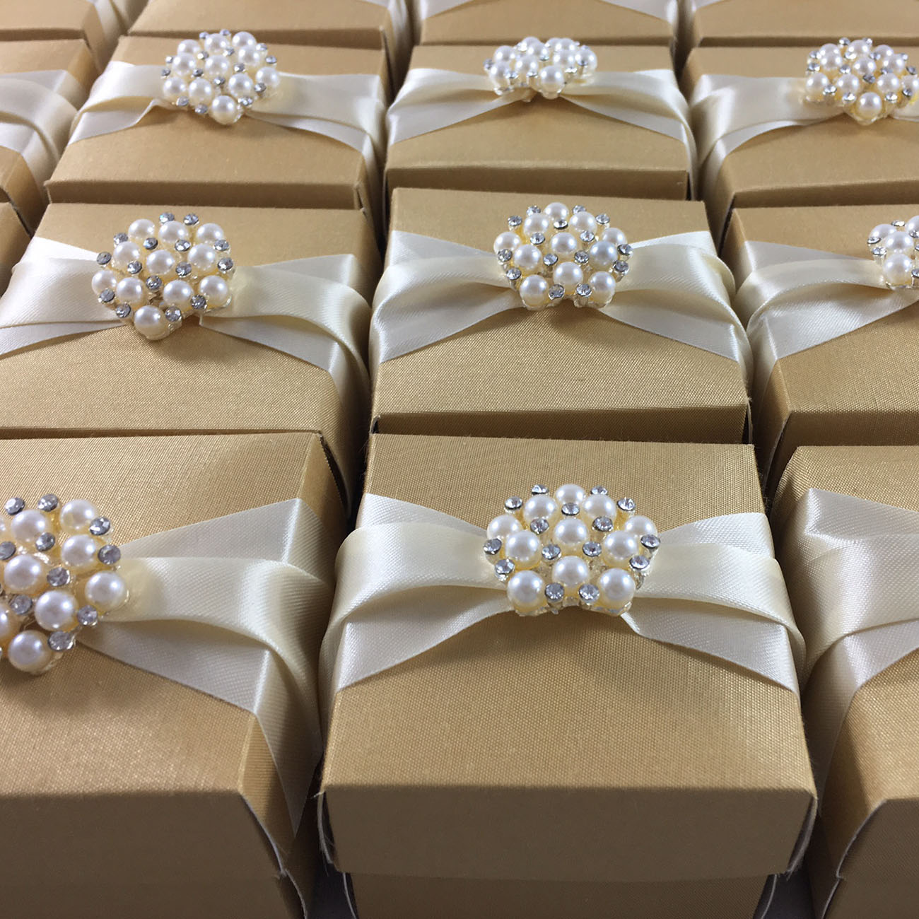 Golden Favour Boxes With pearl Brooch