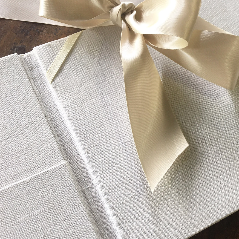linen invites