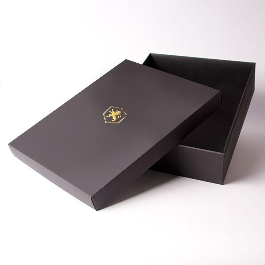 foil stamped wedding mailing box