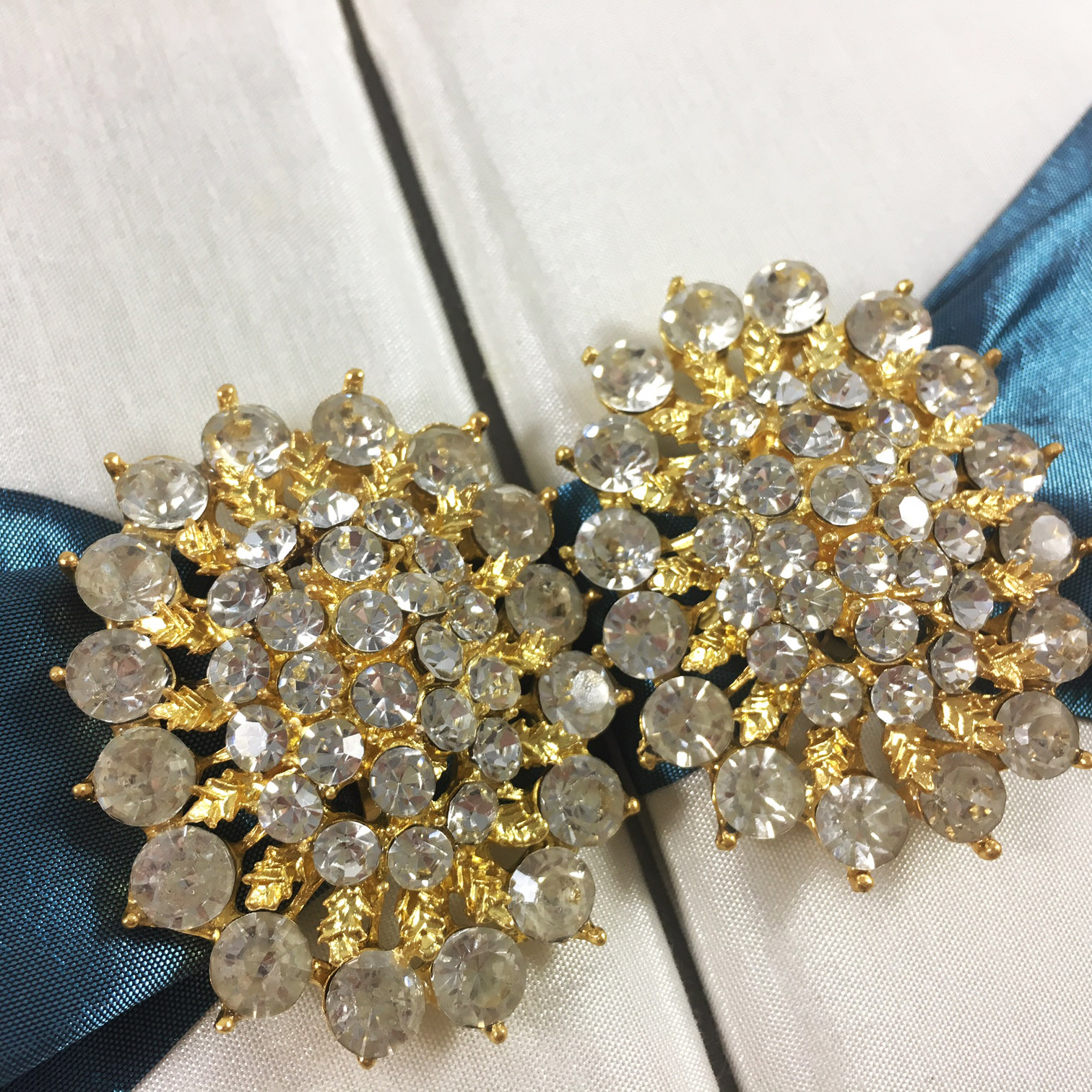 beautiful golden wedding pair brooches from Thailand