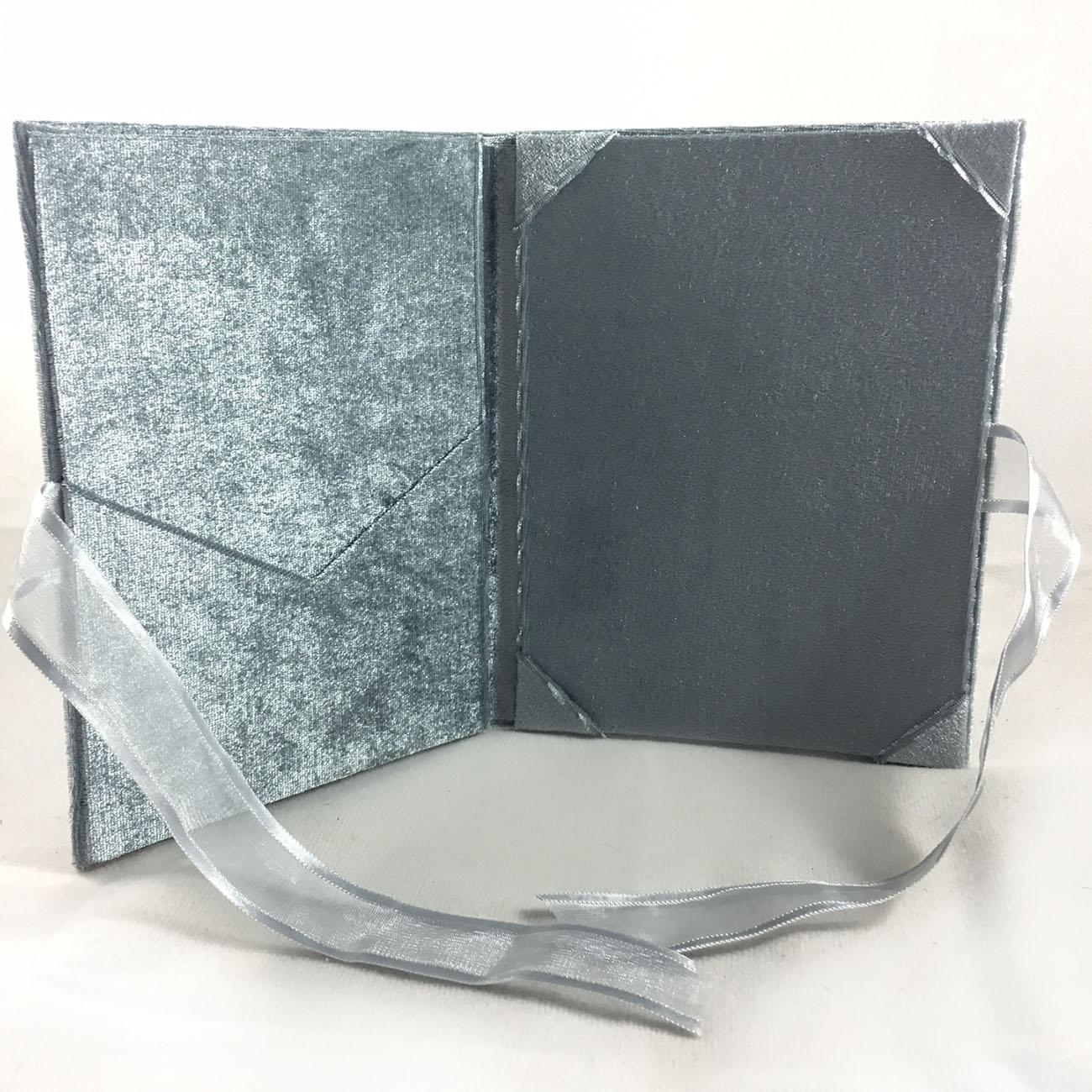 Velvet pocket folder