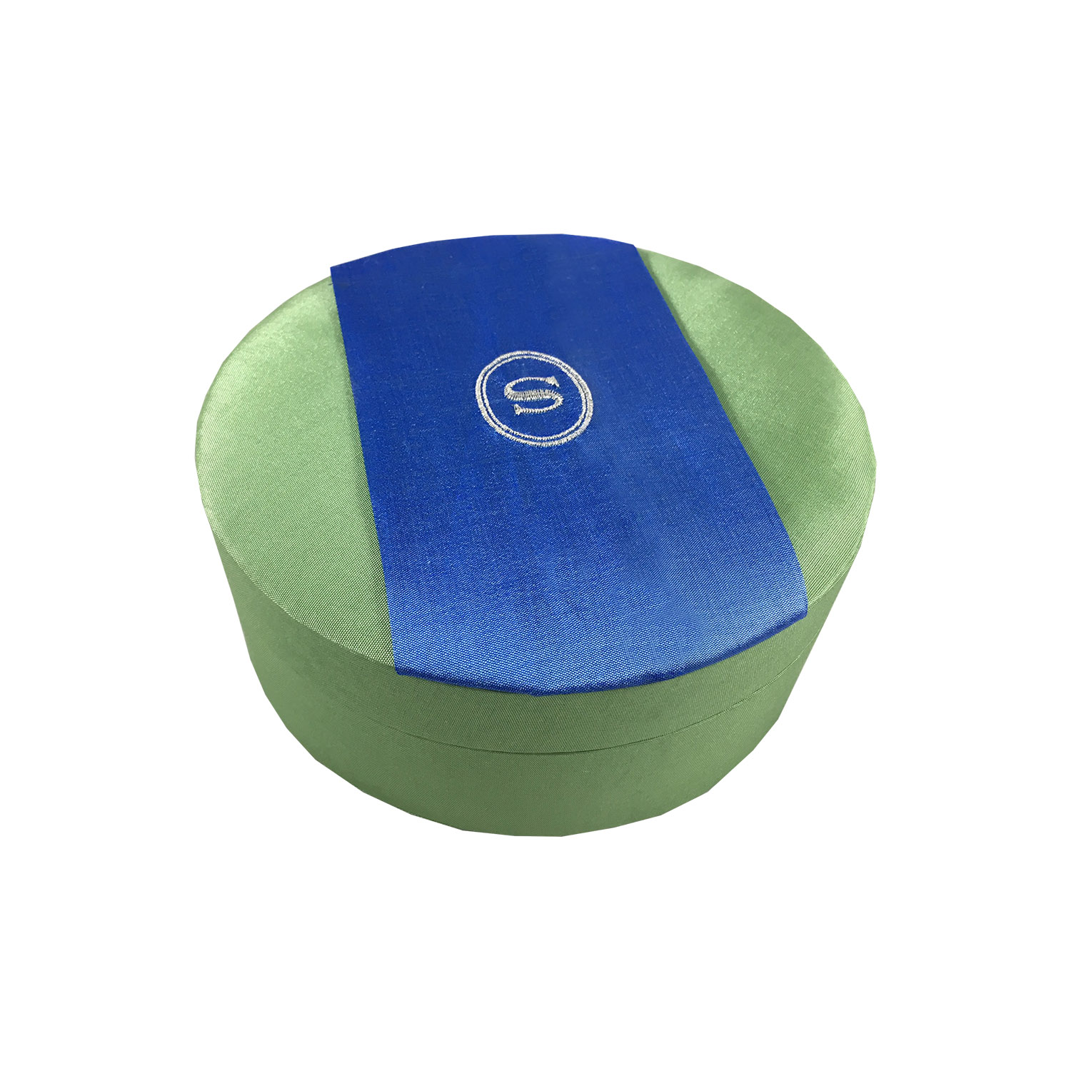 logo embroidered round silk box