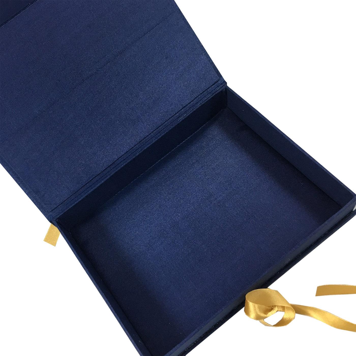 navy packaging box