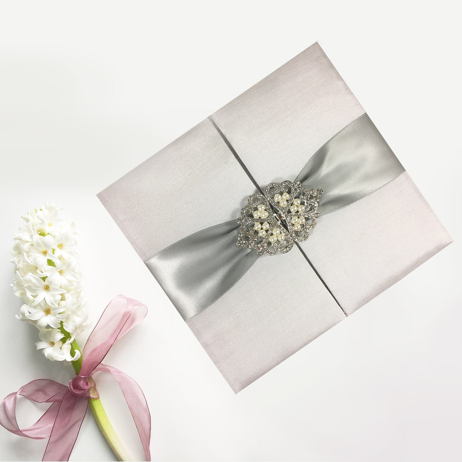 luxury white creations for your wedding invitations