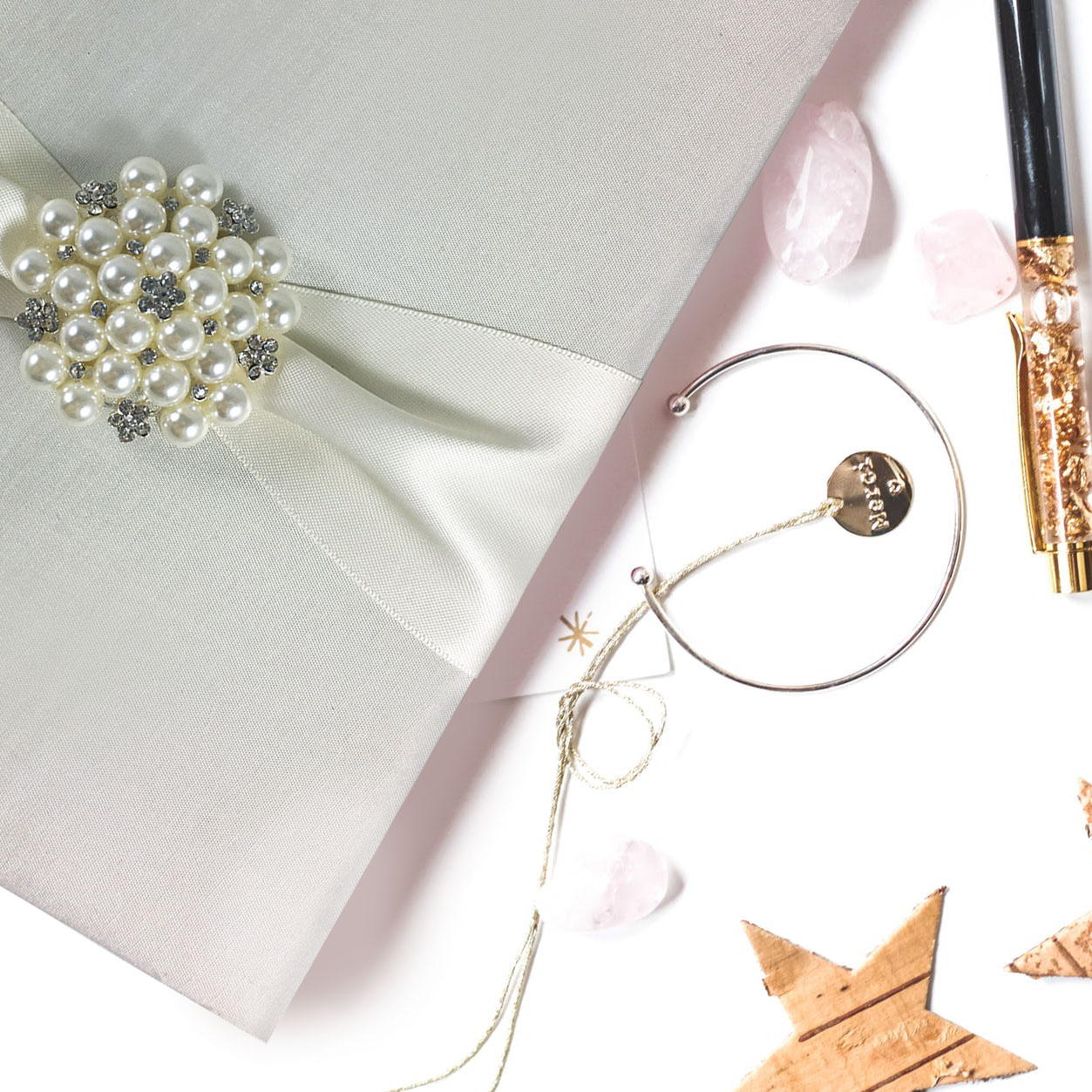 Luxury pearl invitation